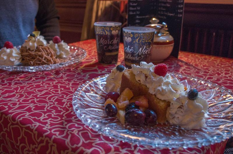 Pâtisseries à la Stuwa de Noël, Mulhouse | #mulhousexperience
